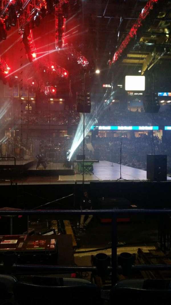 Allstate Arena, secção: 104, fila: C, lugar: 12