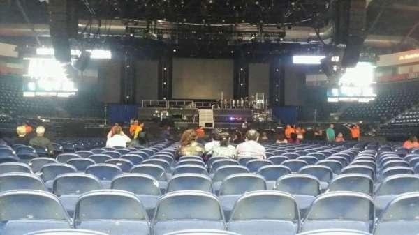 State Farm Arena (Hildago), secção: 2, fila: AA, lugar: 9