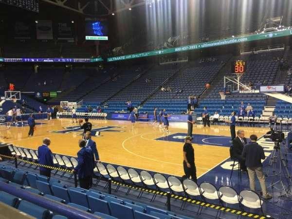 Rupp Arena, secção: 12, fila: A, lugar: 6