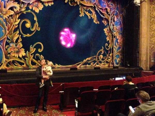 Palace Theatre (Stamford), secção: Orchestra, fila: F, lugar: 1