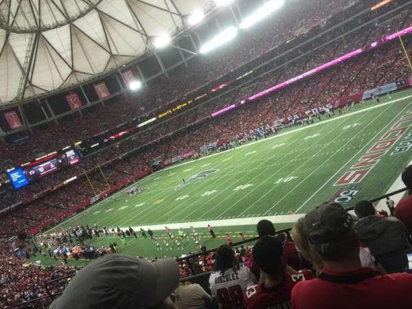 Georgia Dome, secção: 215, fila: 6, lugar: 9