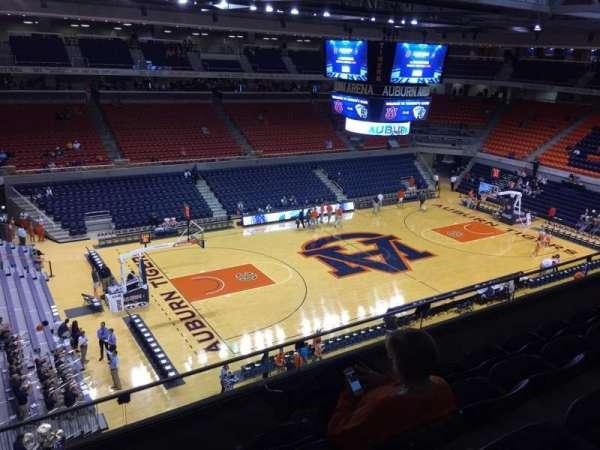 Auburn Arena, secção: 215, fila: 28, lugar: 22