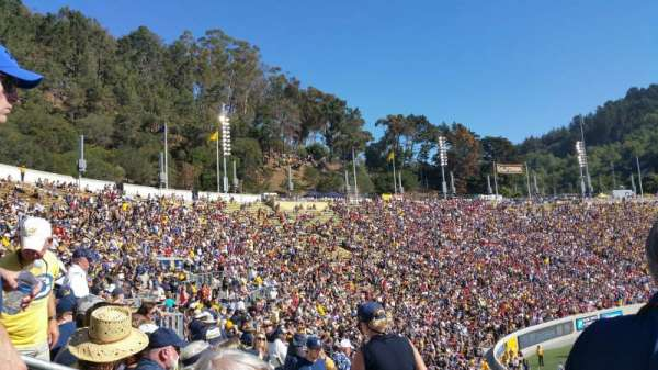 California Memorial Stadium, secção: B, fila: 36, lugar: 16