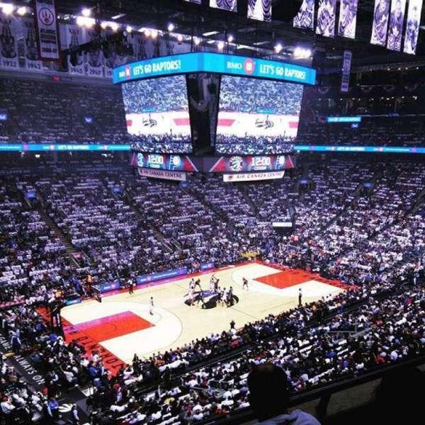Scotiabank Arena, secção: 311, fila: 3, lugar: 18,19