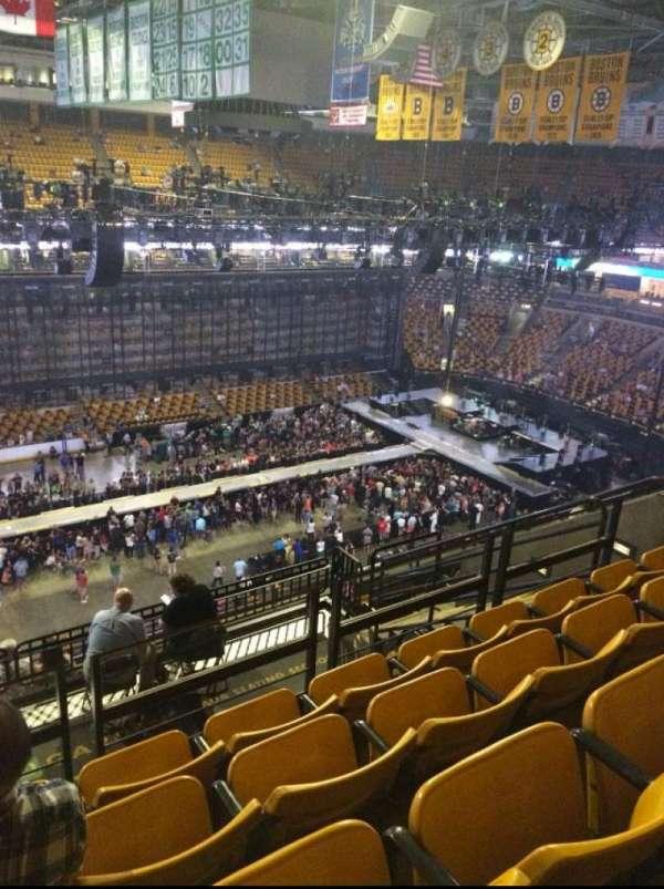 TD Garden, secção: Bal 303, fila: 10 , lugar: 13