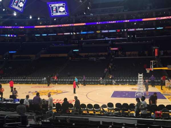 Staples Center, secção: 119, fila: 12, lugar: 8