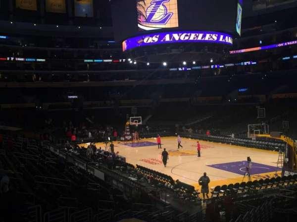 Staples Center, secção: 117, fila: 20, lugar: 8