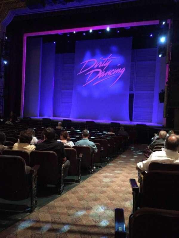 Hippodrome Theatre, secção: Orchestra Right, fila: M, lugar: 2