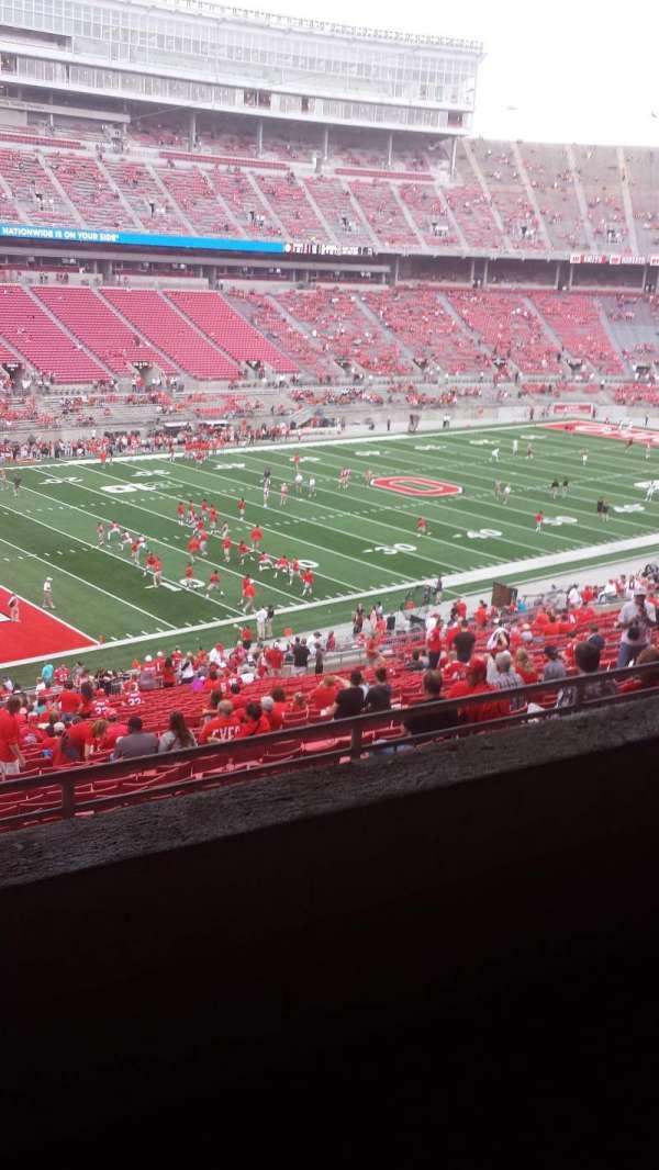 Ohio Stadium, secção: 28B, fila: 2