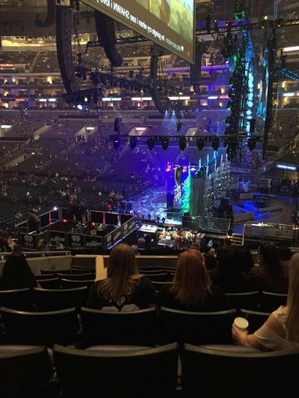 Staples Center, secção: PR2, fila: 9, lugar: 6