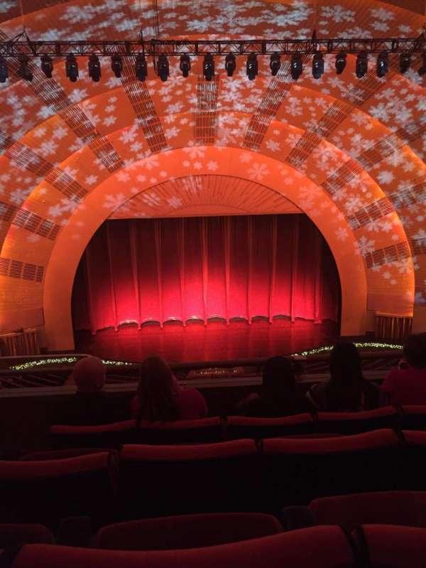Radio City Music Hall, secção: 3rd mezzanine 4, fila: D, lugar: 413
