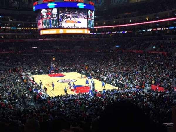 Staples Center, secção: 218, fila: 10, lugar: 7-8