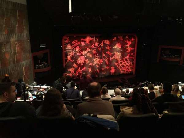 Minskoff Theatre, secção: Rmezz, fila: H, lugar: 3