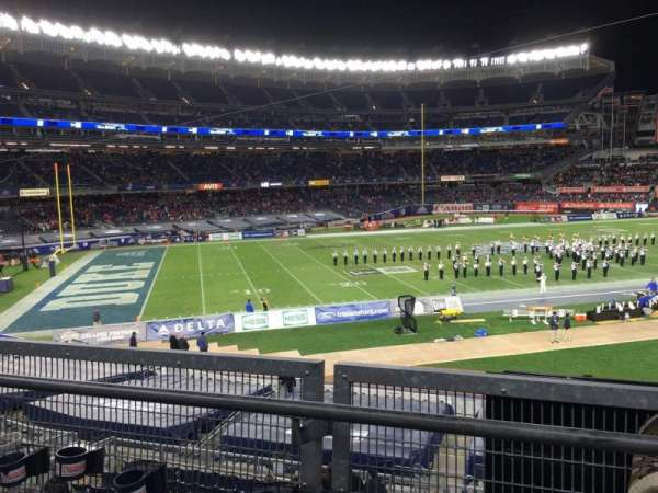 Yankee Stadium, secção: 212, fila: 2, lugar: 19