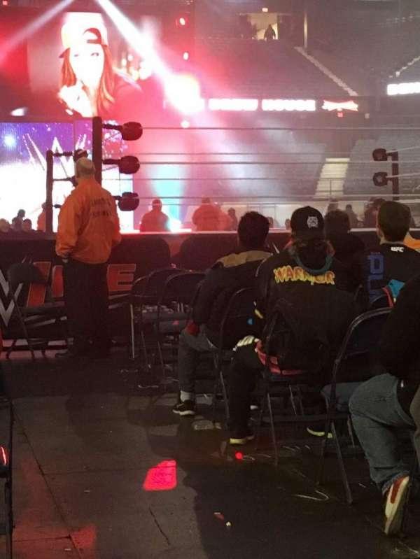 Allstate Arena, secção: 10, fila: 12, lugar: 1