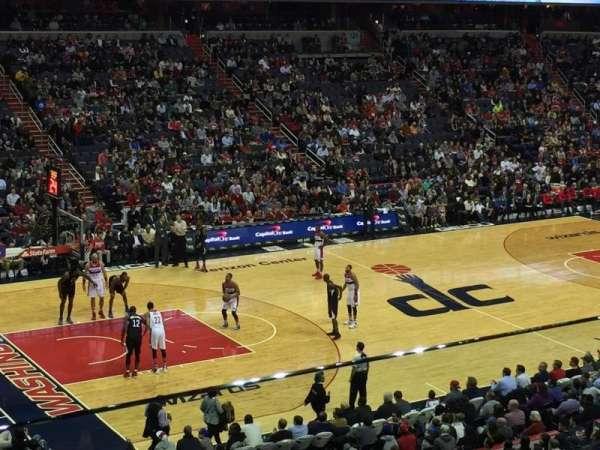 Capital One Arena, secção: 212, fila: B, lugar: 10