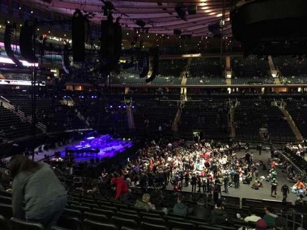 Madison Square Garden, secção: 116, fila: 22, lugar: 18