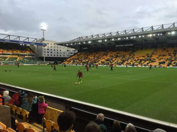 Carrow Road, secção: Geoffrey Watling City Stand