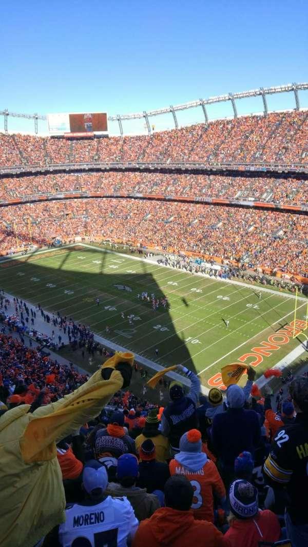 Empower Field at Mile High Stadium, secção: 501, fila: 20, lugar: 16