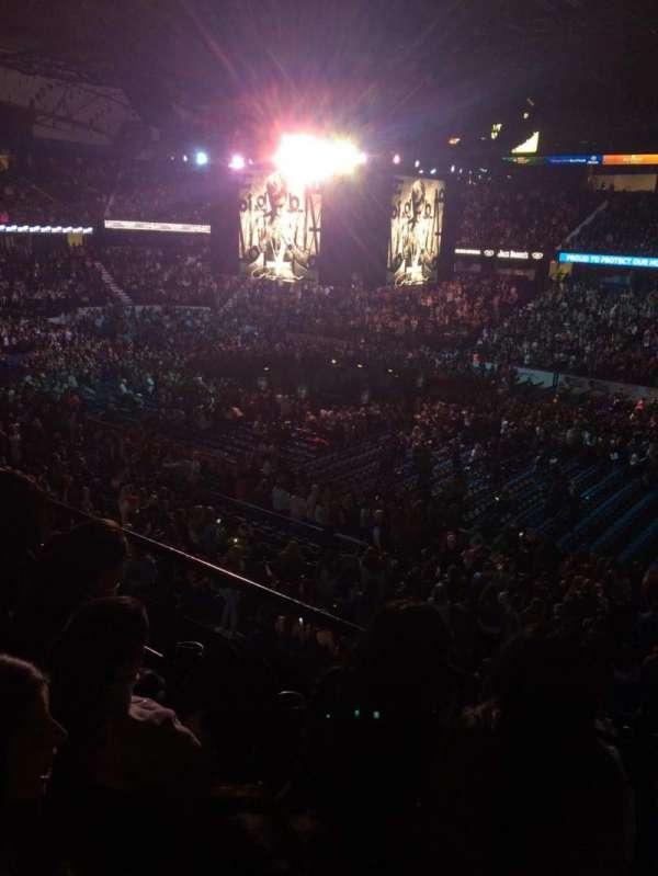 Allstate Arena, secção: 209, fila: C, lugar: 20