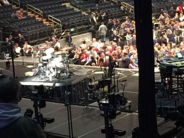 Madison Square Garden, secção: 103, fila: 15, lugar: 16
