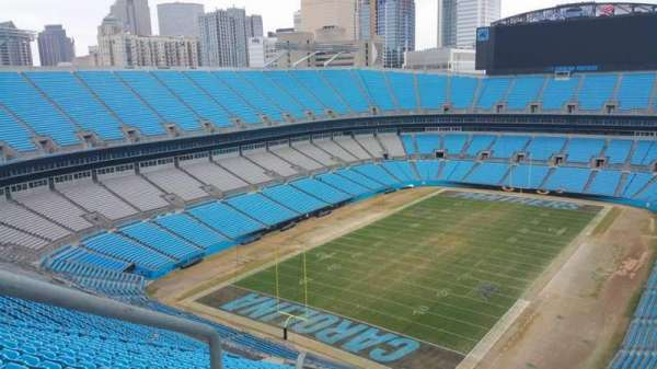 Bank of America Stadium, secção: 551, fila: 25, lugar: 25