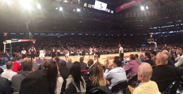 Madison Square Garden, secção: 4, fila: 2, lugar: 10