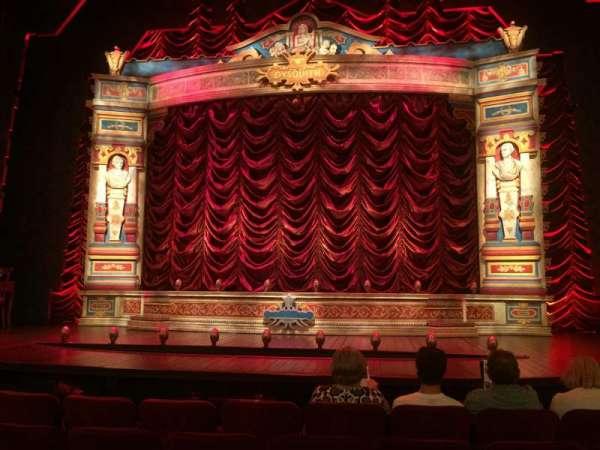 Walter Kerr Theatre, secção: Orchestra C, fila: D, lugar: 107