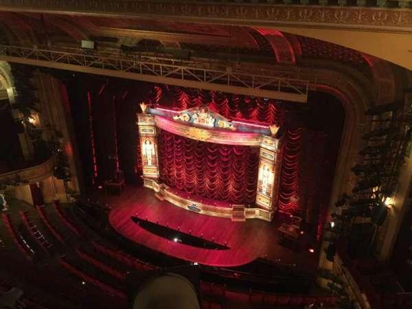 Walter Kerr Theatre, secção: Balcony R, fila: A, lugar: 8