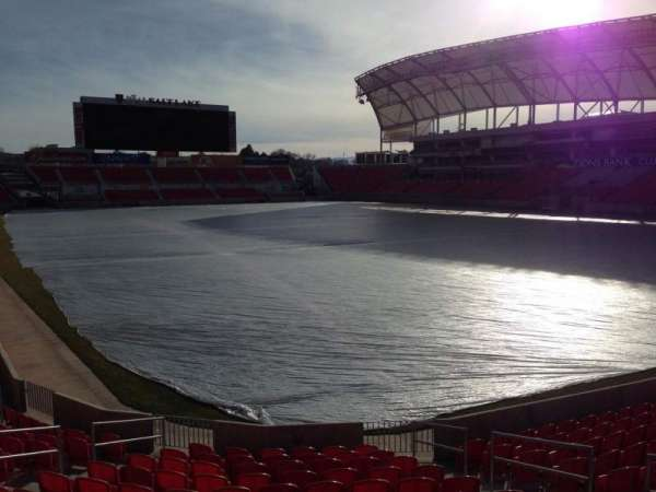 Rio Tinto Stadium, secção: 32, fila: p, lugar: 10