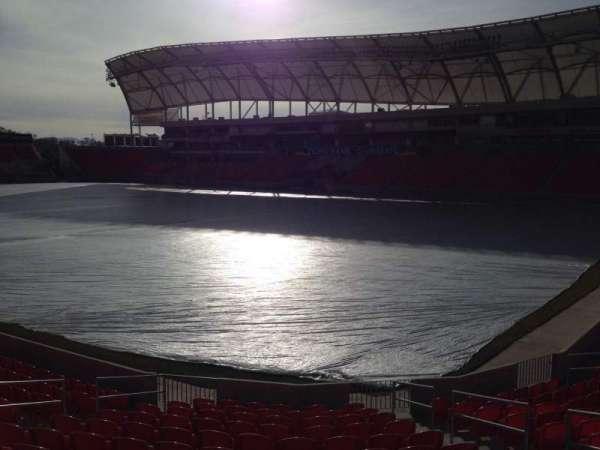 Rio Tinto Stadium, secção: 33, fila: p, lugar: 10