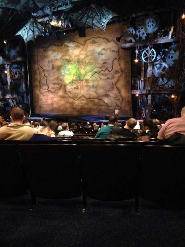 Gershwin Theatre, secção: Orchestra R, fila: Q, lugar: 24