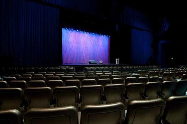 Microsoft Theater, secção: Orchestra Center Left, fila: F, lugar: 413