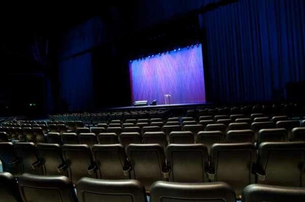 Microsoft Theater, secção: Orchestra Center Right, fila: F, lugar: 213