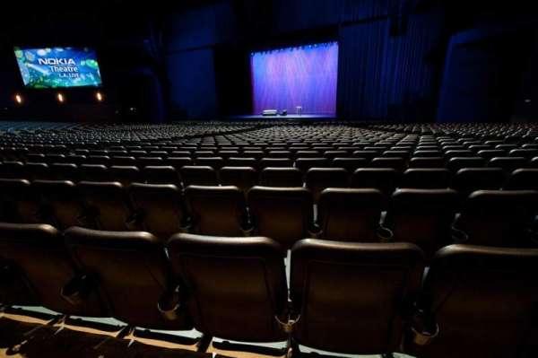 Microsoft Theater, secção: Orchestra Center Right, fila: S, lugar: 214