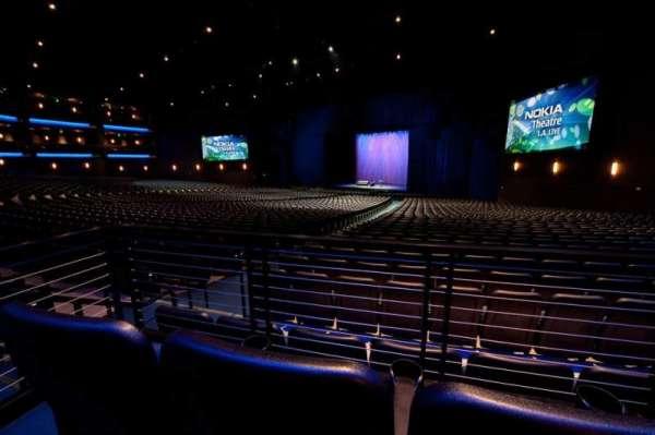Microsoft Theater, secção: Orchestra Right, fila: SS, lugar: 105