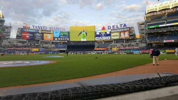 Yankee Stadium, secção: 018, fila: 1, lugar: 6