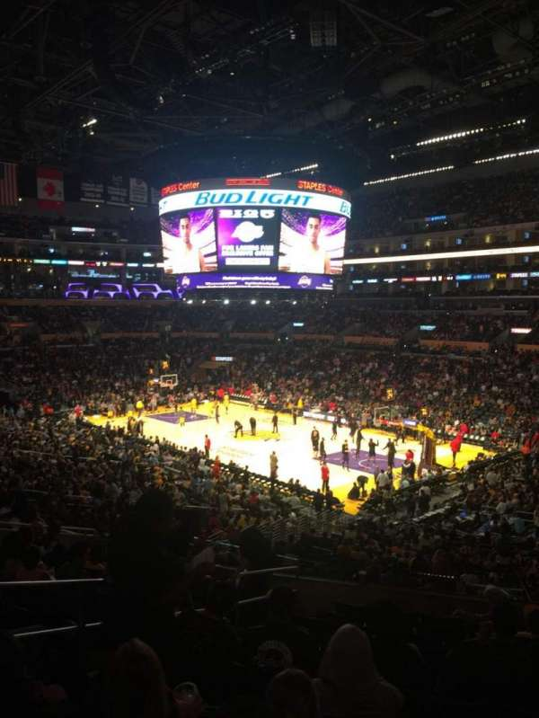 Staples Center, secção: PR10, fila: 11, lugar: 10