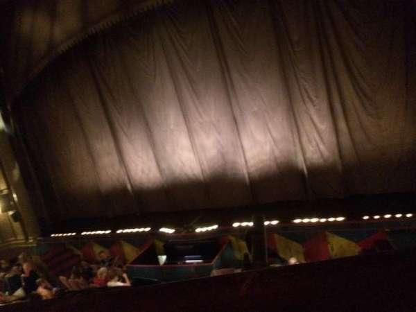 Music Box Theatre, secção: Mezzanine R, fila: A
