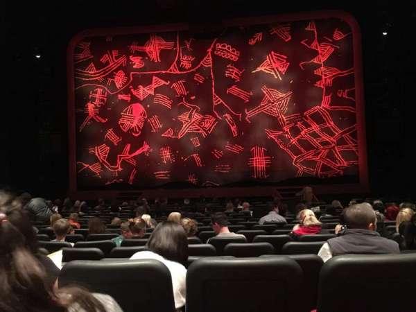 Minskoff Theatre, secção: Orchestra C, fila: Q, lugar: 119