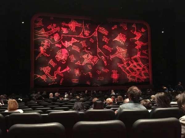 Minskoff Theatre, secção: Orchestra C, fila: R, lugar: 106
