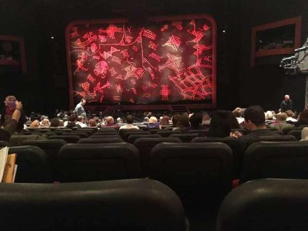 Minskoff Theatre, secção: Orchestra C, fila: Z, lugar: 122
