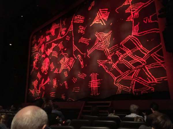 Minskoff Theatre, secção: Orchestra R, fila: G, lugar: 6