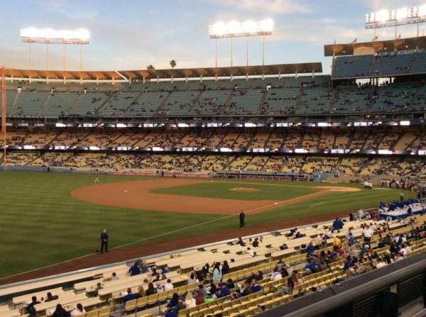 Dodger Stadium, secção: 157LG, fila: F, lugar: 7