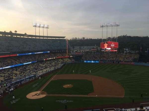 Dodger Stadium, secção: 16RS, fila: J, lugar: 5