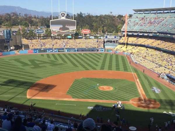 Dodger Stadium, secção: 11RS, fila: O, lugar: 7