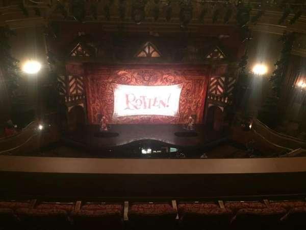 St. James Theatre, secção: Rear Front Center Balcony