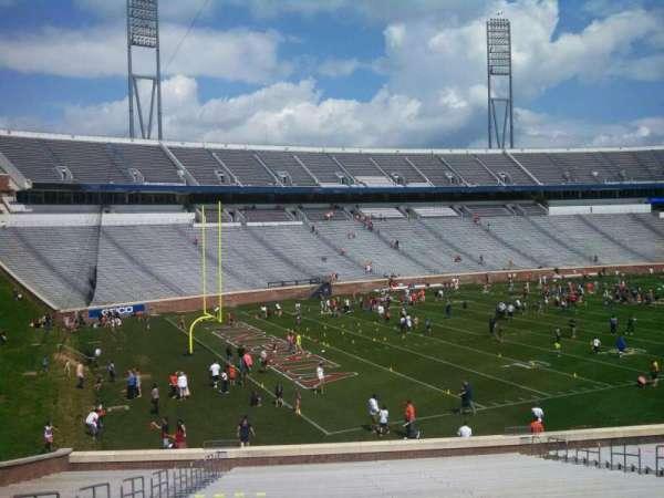 Scott Stadium, secção: 130, fila: JJ, lugar: 19