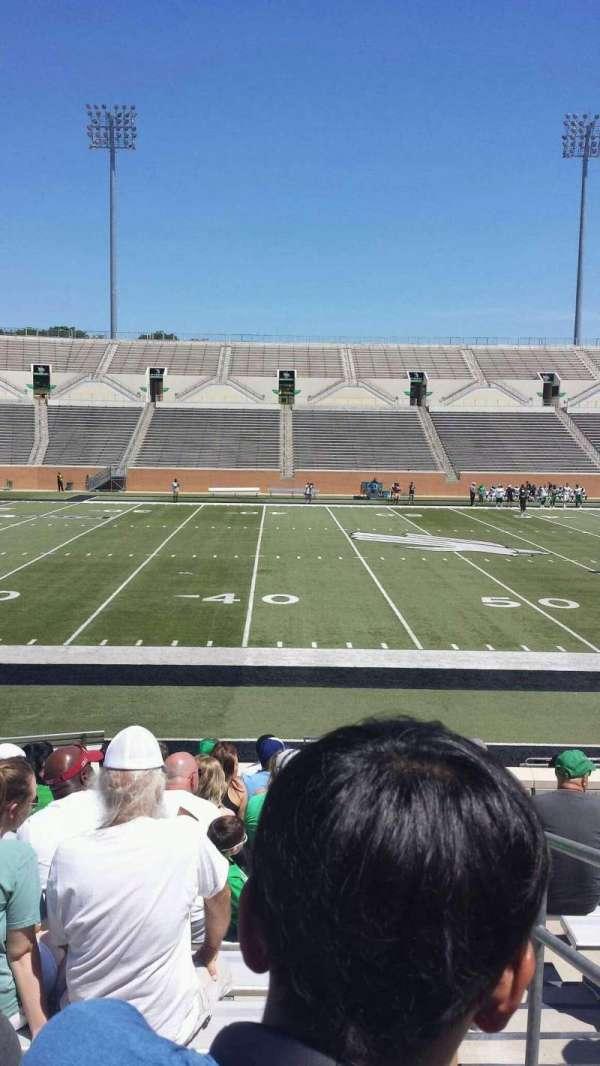 Apogee Stadium, secção: 106, fila: 12, lugar: 1