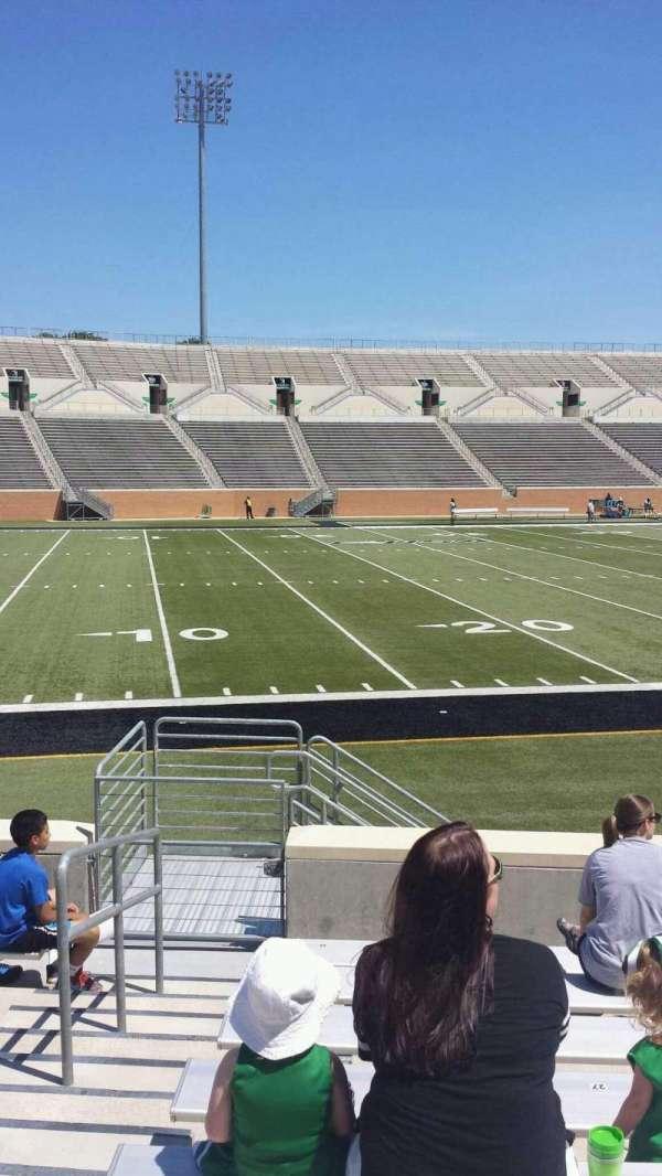 Apogee Stadium, secção: 107, fila: 8, lugar: 30